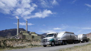 coal-trucks-leaving-pacificorp-power-plant-huntington-utah
