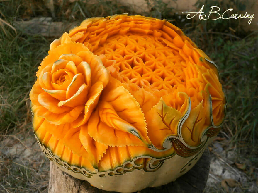 Friday fun the art of pumpkin carving taken to a new